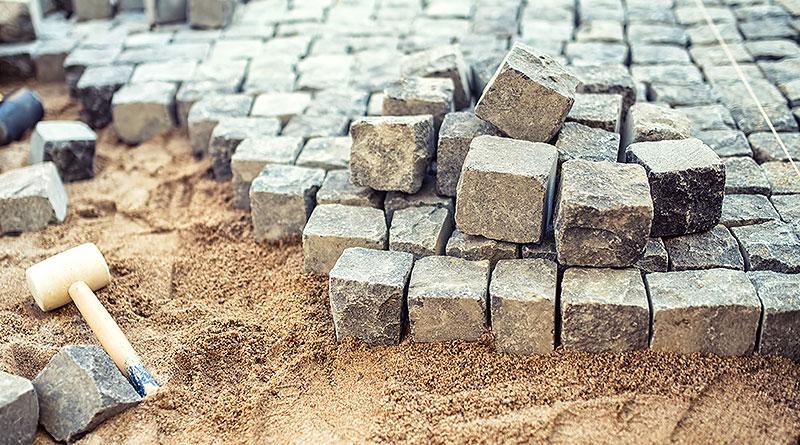 Steinarbeiten im Garten in Homberg